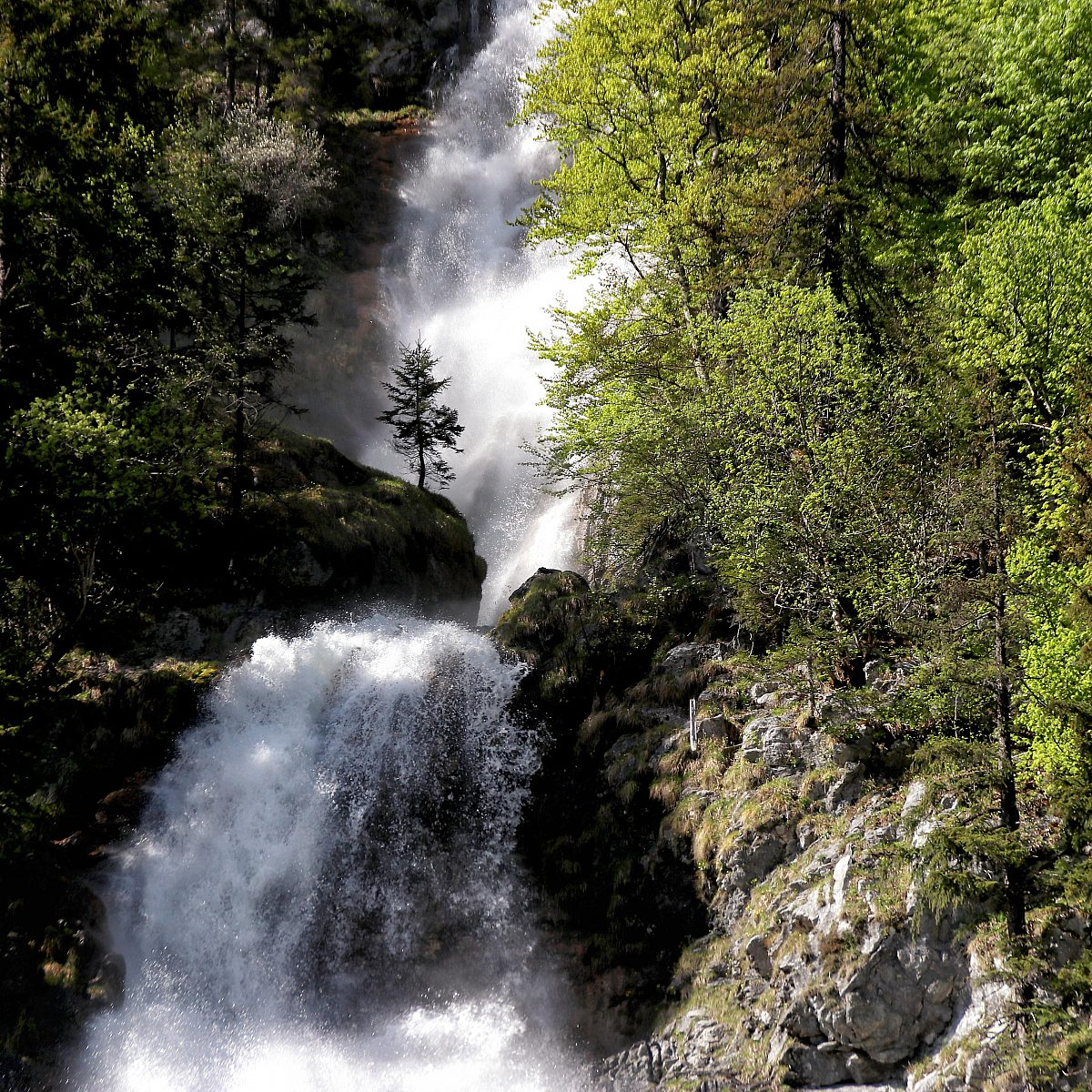 Toplitzsee wasserfall6 castrid eder