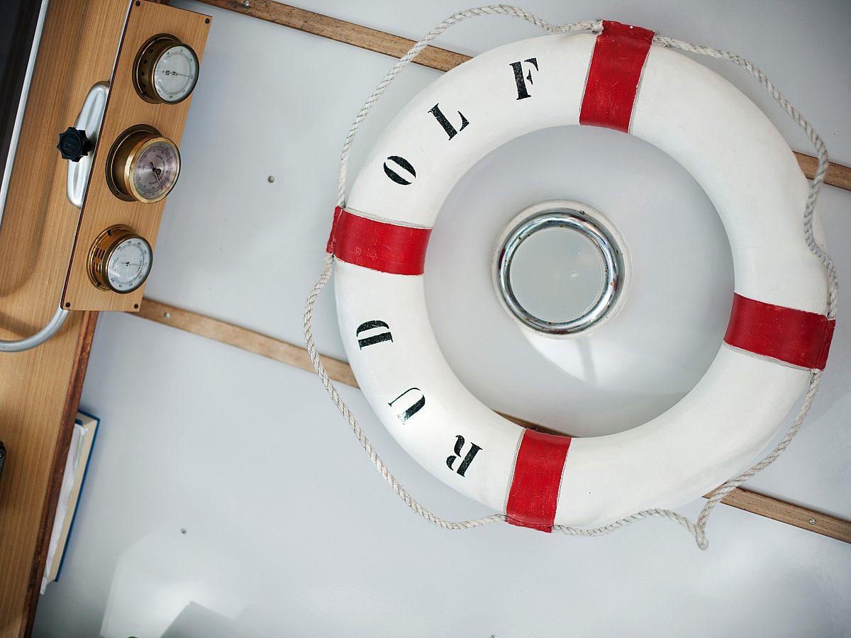 Divers rettungsring1 charald eisenberger